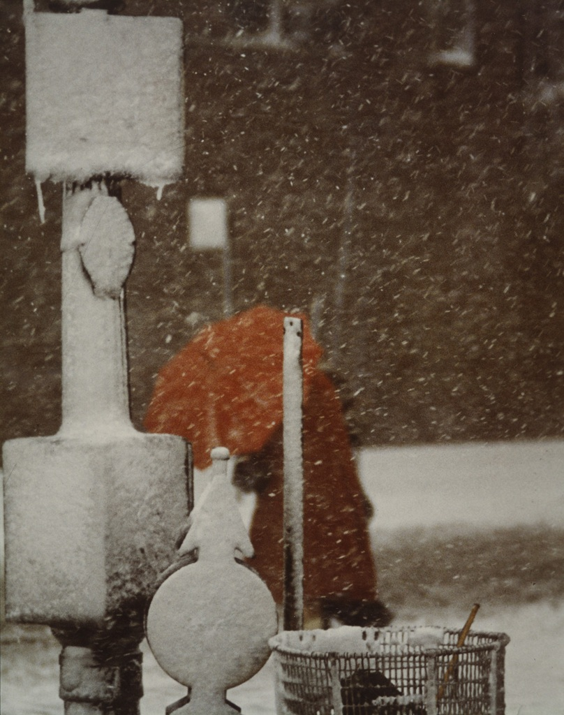 saul leiter umbrella